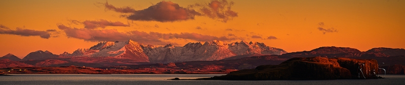 SG460 2013 02 23 Cuillins at Sunset from Harlosh Re Crop